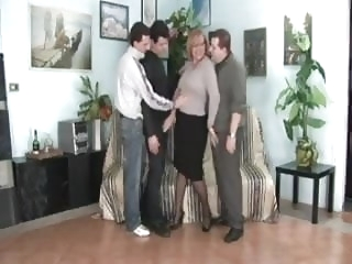 Italian Mature - 3 man gang bang bbw films