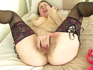 Mother fucks her old hairy pussy amateur films