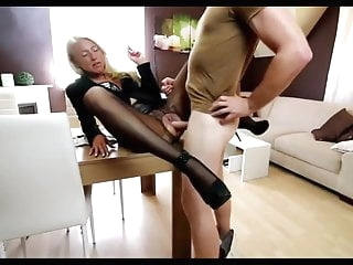 Anal sex. Pretty blonde eating sperm. Cum in mouth amateur films
