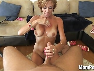 44 year old big tits cougar takes facial mature films